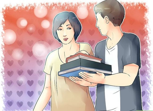 Imagen titulada Ask a Girl out in High School if You Are Shy and She Does Not Know You Step 2